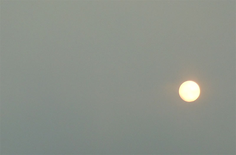 Red sun 17 Oct 2017