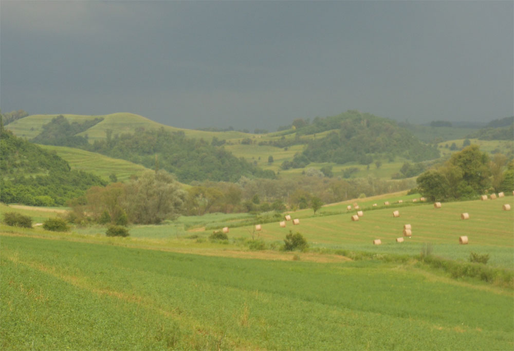 Storm coming RI 250616